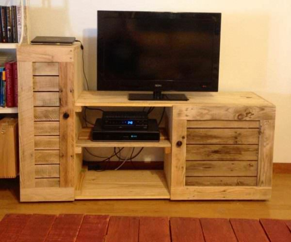 Entertainment Center Made Out Of Discarded Pallets Pallet TV Stands & Racks