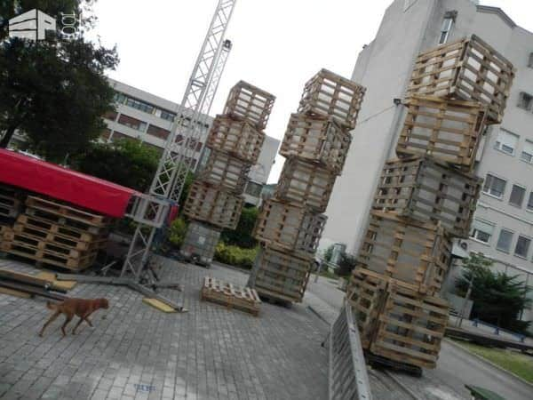 Huge Lights For a Summer Festival Made From Recycled Pallets Pallet Lamps & Lights