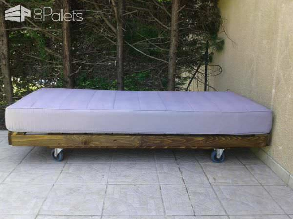 Outdoor Mobile Pallet Bed DIY Pallet Bed, Pallet Headboard & Frame