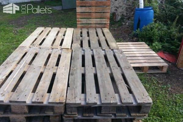 Pallets Bed With Lights DIY Pallet Bed Headboard & Frame