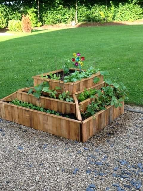 Planter From Pallets Pallet Planters & Compost Bins