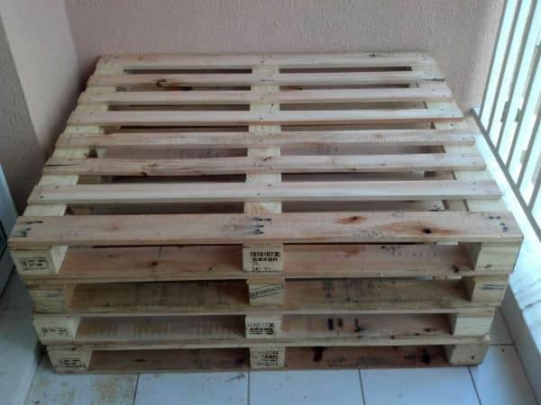 Pallets Bench In Apartment Lounges & Garden Sets Pallet Benches, Pallet Chairs & Pallet Stools