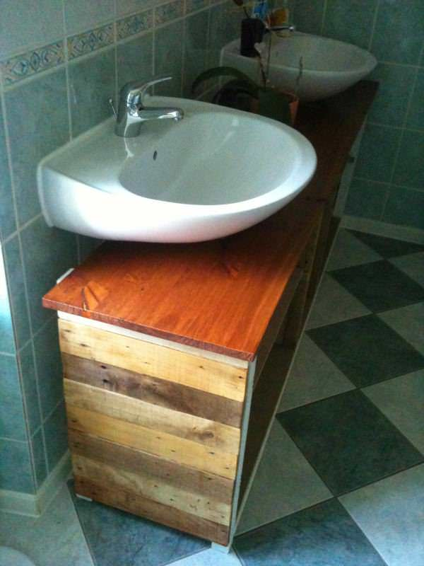 IMG 0532 600x800 Bathroom furniture / Meuble de salle de bains in pallet furniture pallet bathroom ideas  with wood Wine pallet Bathroom