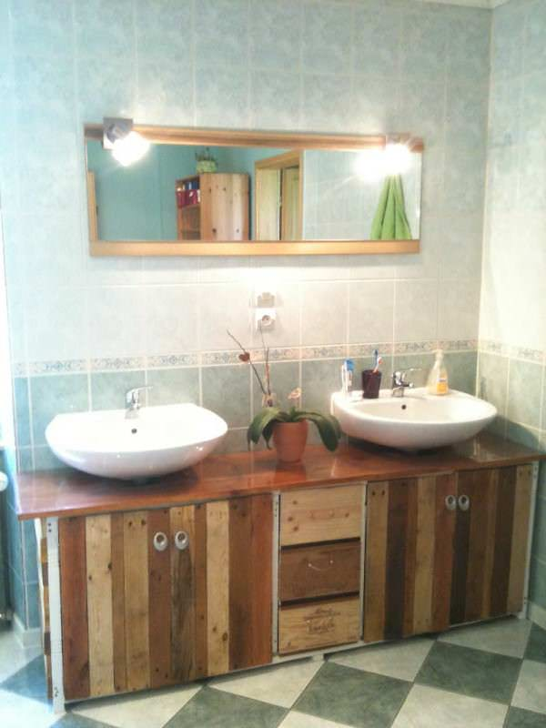 IMG 0542 600x800 Bathroom furniture / Meuble de salle de bains in pallet furniture pallet bathroom ideas  with wood Wine pallet Bathroom
