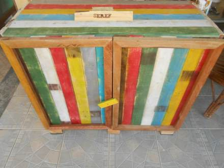 Kitchen cabinet from old pallets