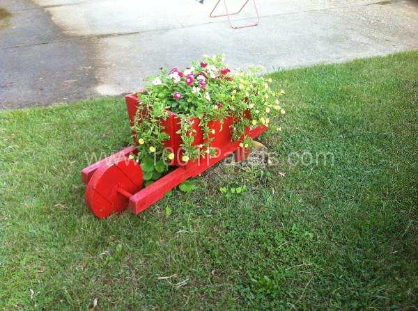 Pallet Wheelbarrow For Decoration Pallet Planters & Compost Bins