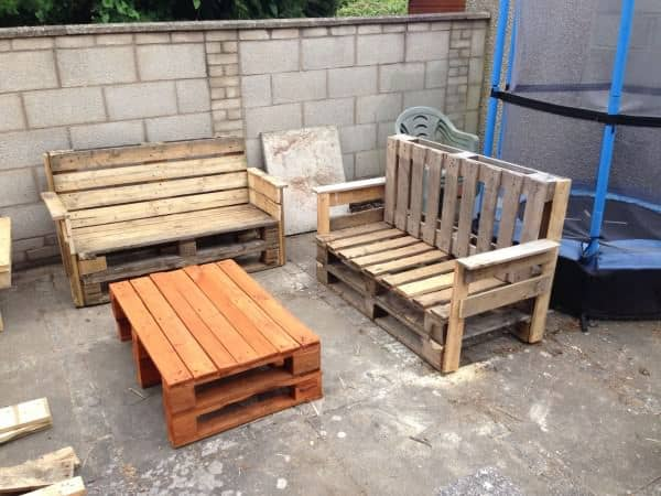 Garden Benches & Table Pallet Benches, Pallet Chairs & Pallet Stools Pallet Desks & Pallet Tables
