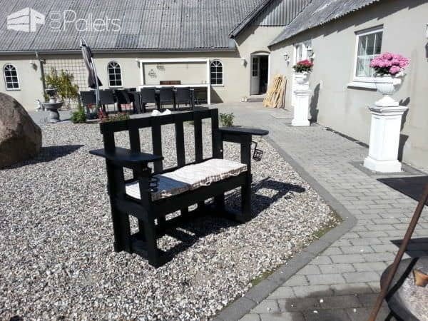 Stenildhuset Bench Made Out Of Three Recycled Pallets Pallet Benches, Pallet Chairs & Pallet Stools