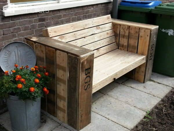 Lounge Bench & Two Large Planter Boxes Made Of Recycled Pallet Wood Pallet Benches, Pallet Chairs & StoolsPallet Planters & Compost Bins