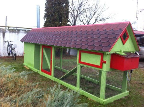 Pallet Chicken Coop Has Incorporated Storage Shed Animal Pallet Houses & Pallet Supplies