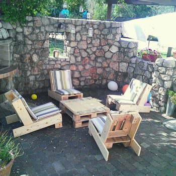 Pallet Garden Furnitures