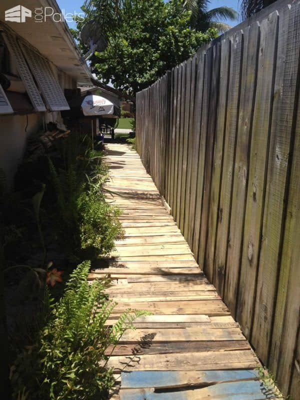 Pallet Garden Walkway Pallet Flooring Pallets in the Garden