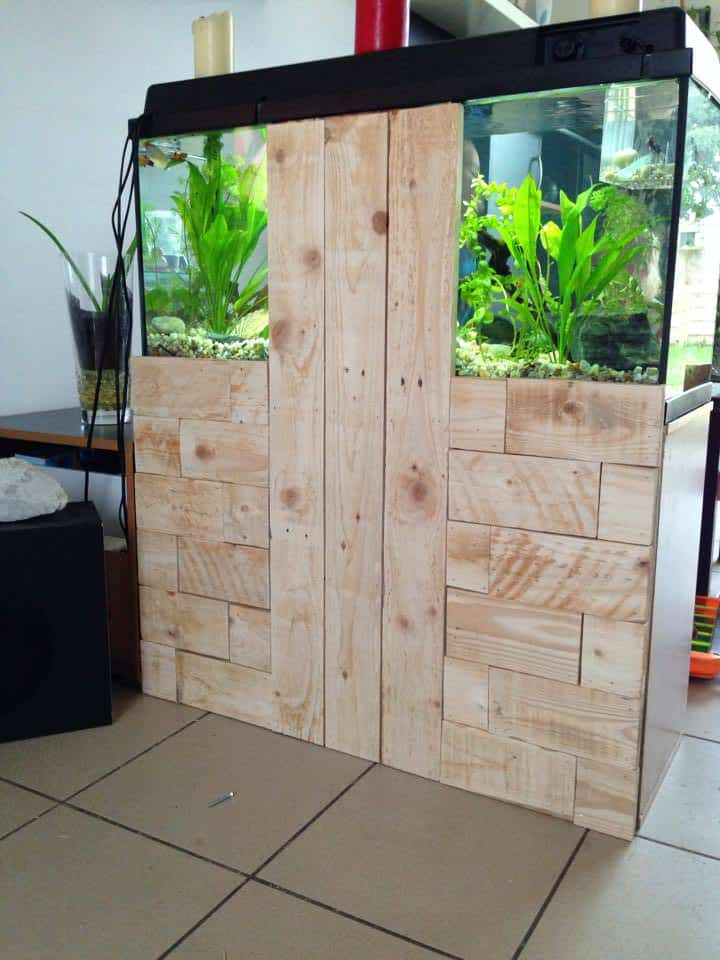 Pallet To Hide Aquarium Back 1001 Pallets