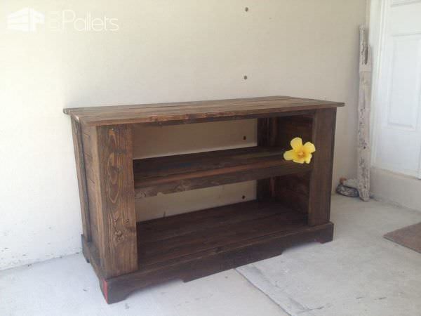 Pallet Tv Stand Side Table Amp Bench 1001 Pallets