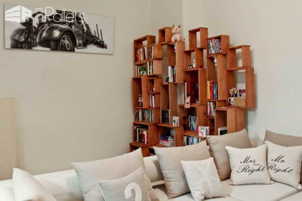 The Rogue Bookcase Out Of Pallet Wood Pallet Bookcases & Bookshelves