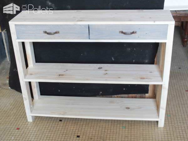 une console en bois de palette wooden pallet console 1001 pallets. Black Bedroom Furniture Sets. Home Design Ideas