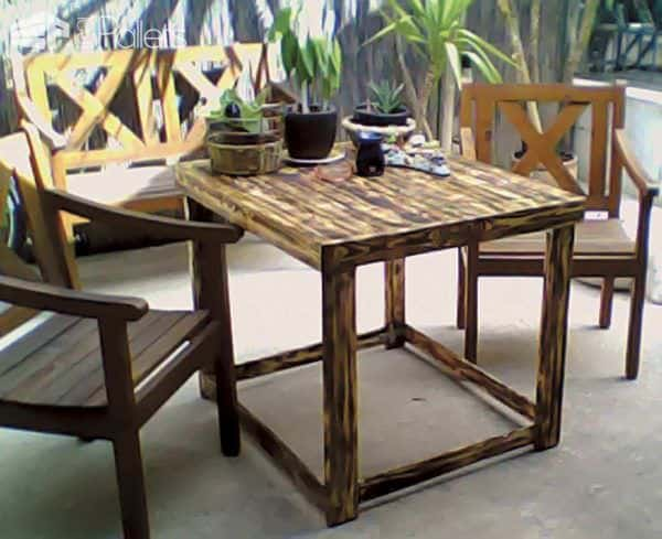 Yard Table Made Out Of Discarded Pallet 1001 Pallets