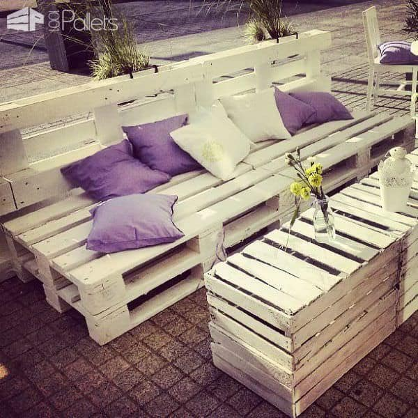 Cafe Garden Made Of Recycled Pallets, Spools & Crates Lounges & Garden Sets