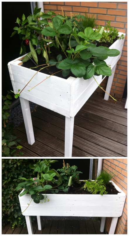 Pallet herbs table … A Planter