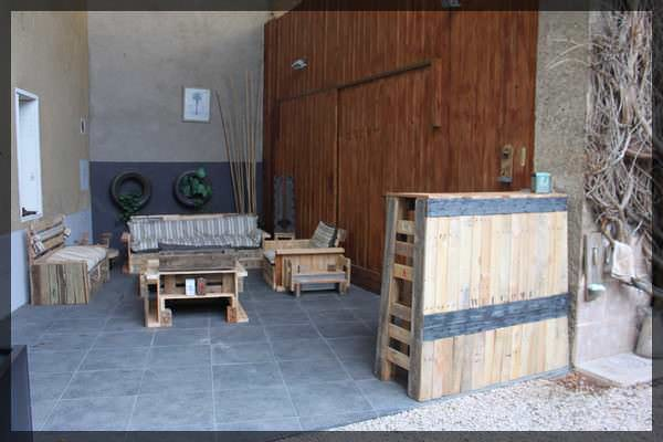 canape 3 places 032 Copie Pallets Summer corner in pallet garden pallet furniture with Terrace Table pallet Bench Bar