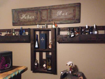 Bar bottle holder