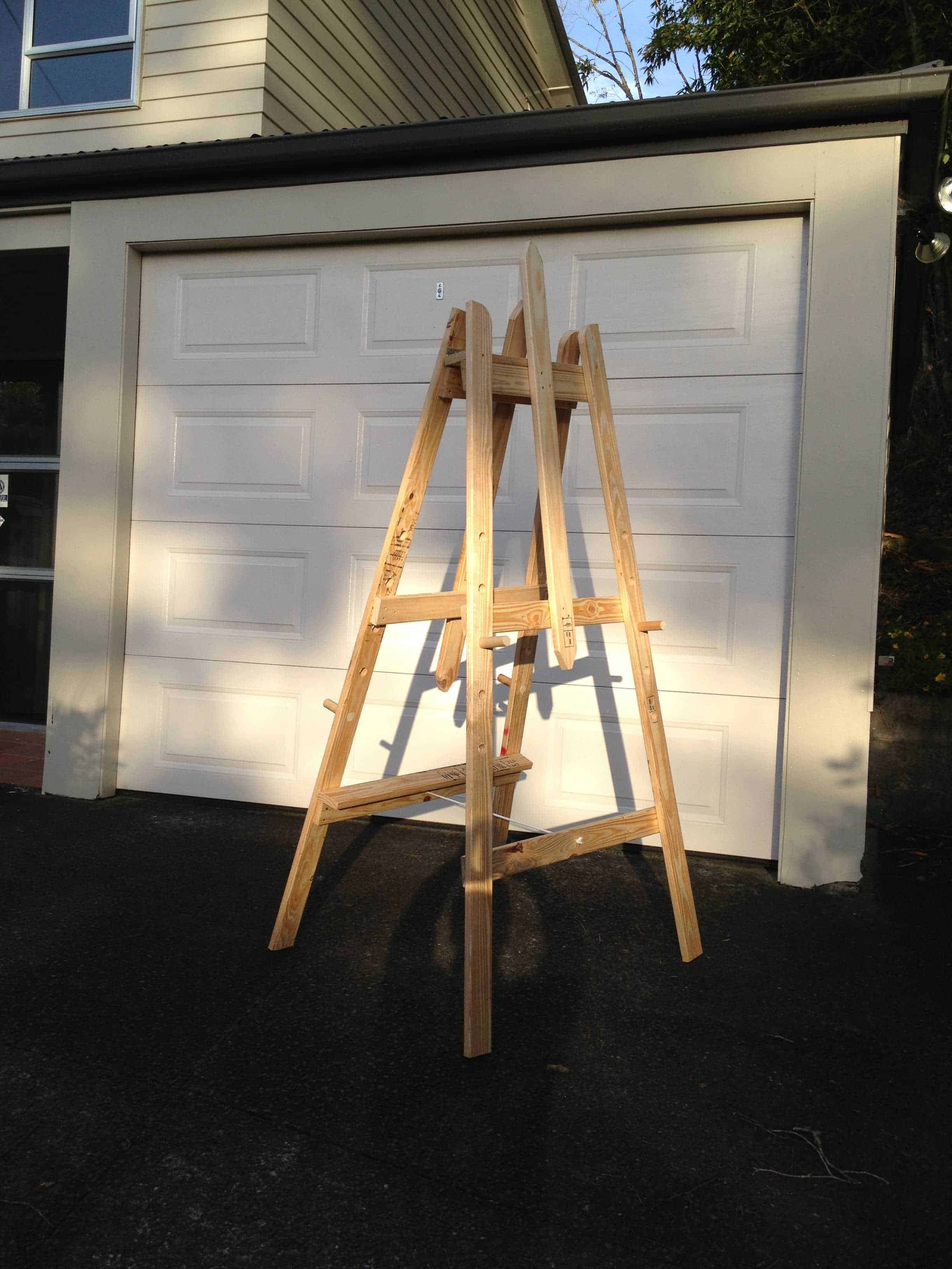 Art Easel Made From Repurposed Pallet Timber 1001 Pallets
