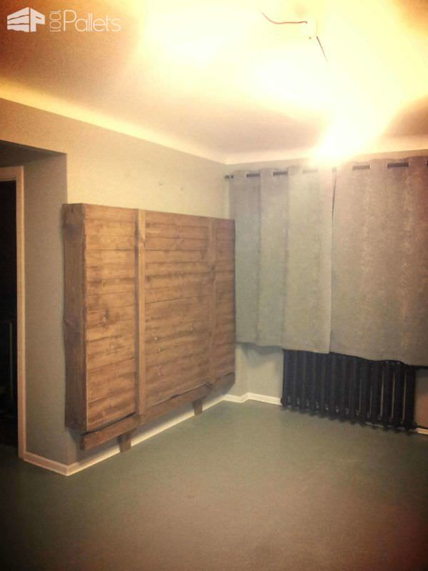 Diy Wallbed Winebox Table Amp Chill Out Sofa 1001 Pallets