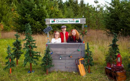 Kids Christmas Tree Stand • 1001 Pallets