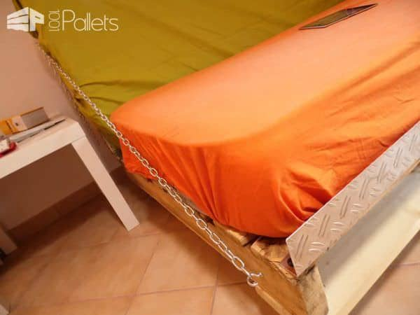 Clic-clac Pallet Sofa/Bed DIY Pallet bed headboard and frame - Pallet Bedroom