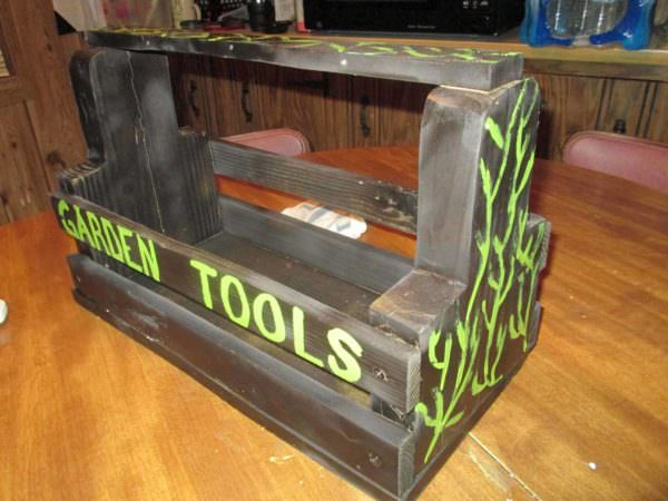 Using Pallets in the Garden Pallet Planters & Compost Bins