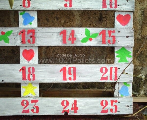 Christmas Advent Calendar Pallet Wall Decor & Pallet Painting