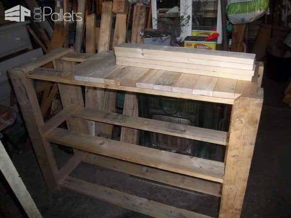 Cupboard Made ​​with Wood From Used Pallets Pallet Cabinets & Pallet Wardrobes