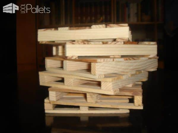 Coasters From Recycled Pallet Wood Pallet Home Accessories