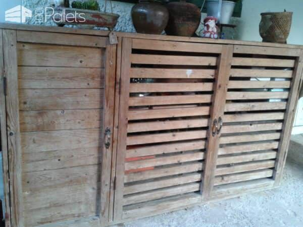 Make a Shoes & Tools Cabinet from Recycled Pallets DIY Pallet Furniture
