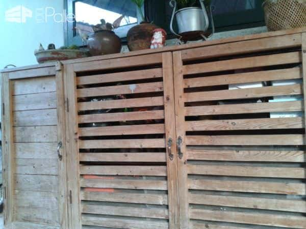 Make a Shoes & Tools Cabinet from Recycled Pallets Pallet Furniture