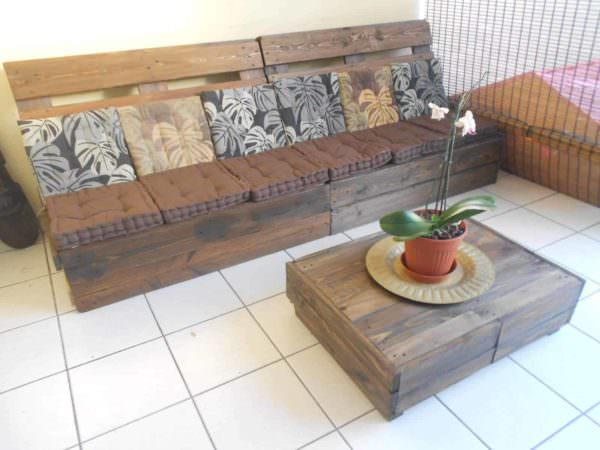 Make an Outdoor Pallet Lounge Lounges & Garden Sets