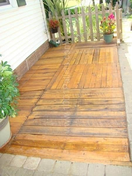 Pallet Deck Pallet Terraces & Pallet Patios