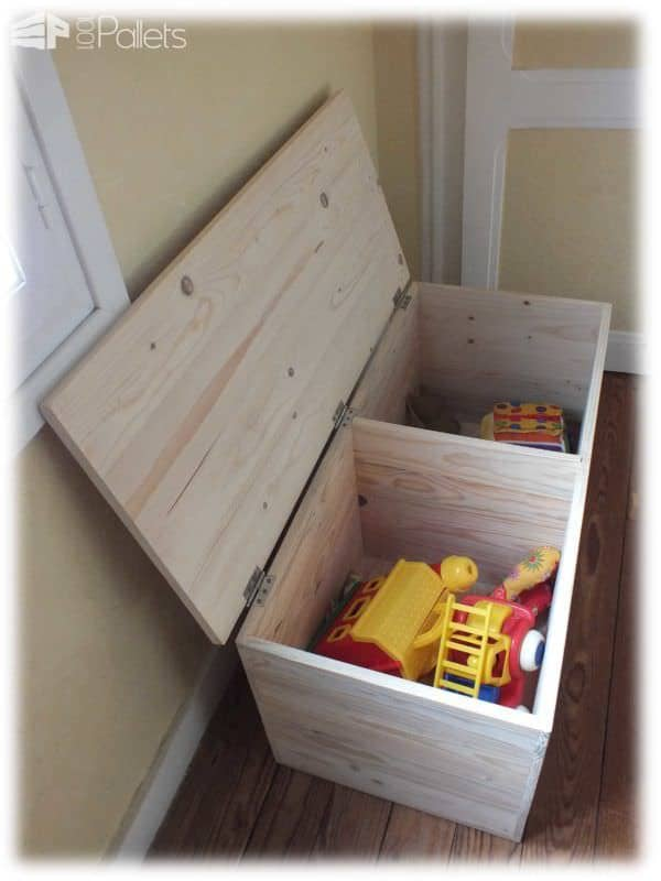 Un Grand Coffre à Jouets En Bois De Palette / Pallet Toys Box Fun Pallet Crafts for Kids Pallet Boxes & Chests