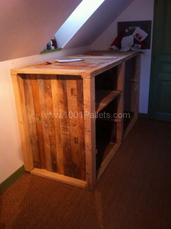 Meuble d'appoint sous comble / Under the roof drawer