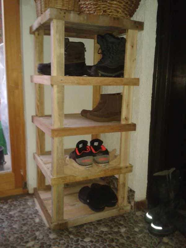 Pallet Entrance Shoe Rack Pallet Shelves & Pallet Coat Hangers