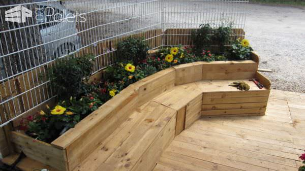 Pallet Combo: Bench + Planter + Terrace Lounges & Garden Sets Pallet Terraces & Pallet Patios