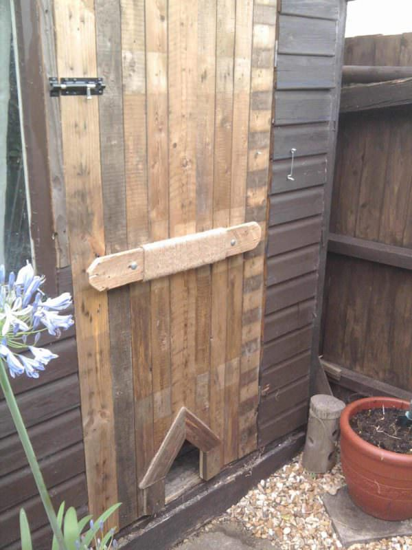 Pallet Shed Door Pallet Walls & Pallet Doors