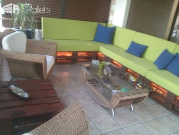 Pallet Sofa & Table Pallet Coffee Tables Pallet Sofas