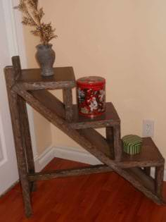 Pallet Stand • 1001 Pallets