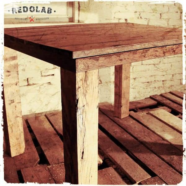 Re-table by Redolab Pallet Desks & Pallet Tables