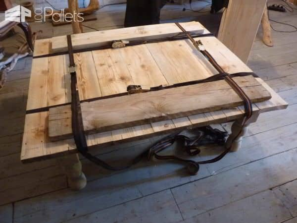 table basse bois de grosse palette coffee table made. Black Bedroom Furniture Sets. Home Design Ideas