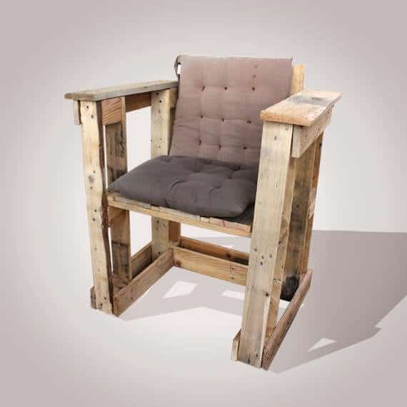 Tomorrow Design – La Recyclerie Inventive Pallet Benches, Pallet Chairs & Stools Pallet Terraces & Pallet Patios