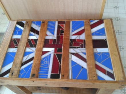 Upcycled Pallet Table With Mosaic Glass