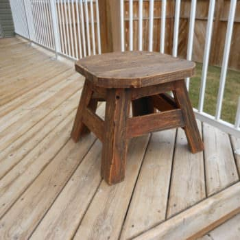 Patio Side Table Made From Upcycled Pallet Wood