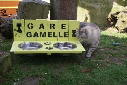 Porte Gamelles Chat / Pallet Cat Bowls